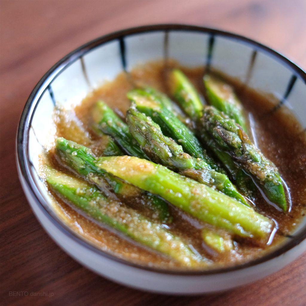 アスパラガスの胡麻和え。簡単作り置きレシピです。