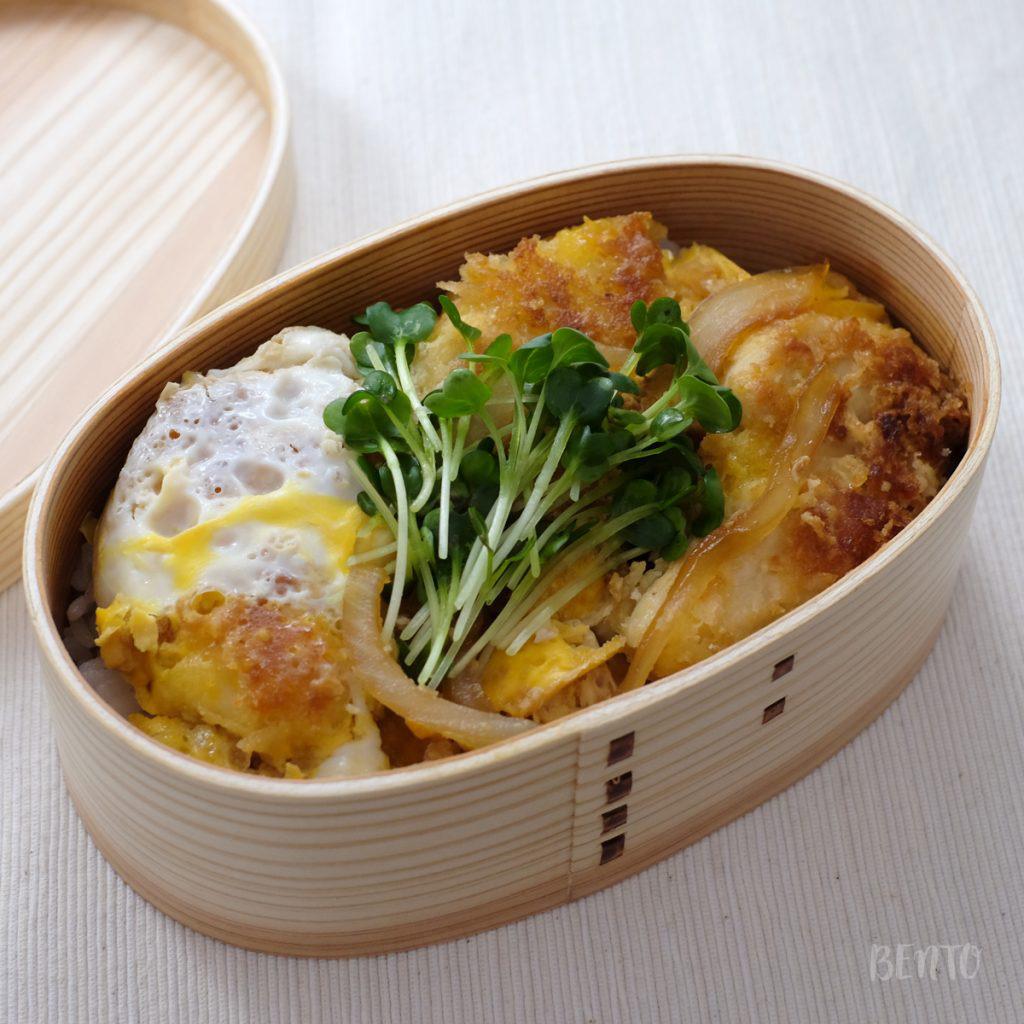 一品弁当『チキンカツ卵とじ丼』
