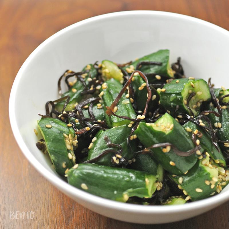 『きゅうりの塩昆布和え』は作り置き・常備菜に◎の簡単お手軽サラダレシピ。きゅうりと塩昆布の相性が絶妙!
