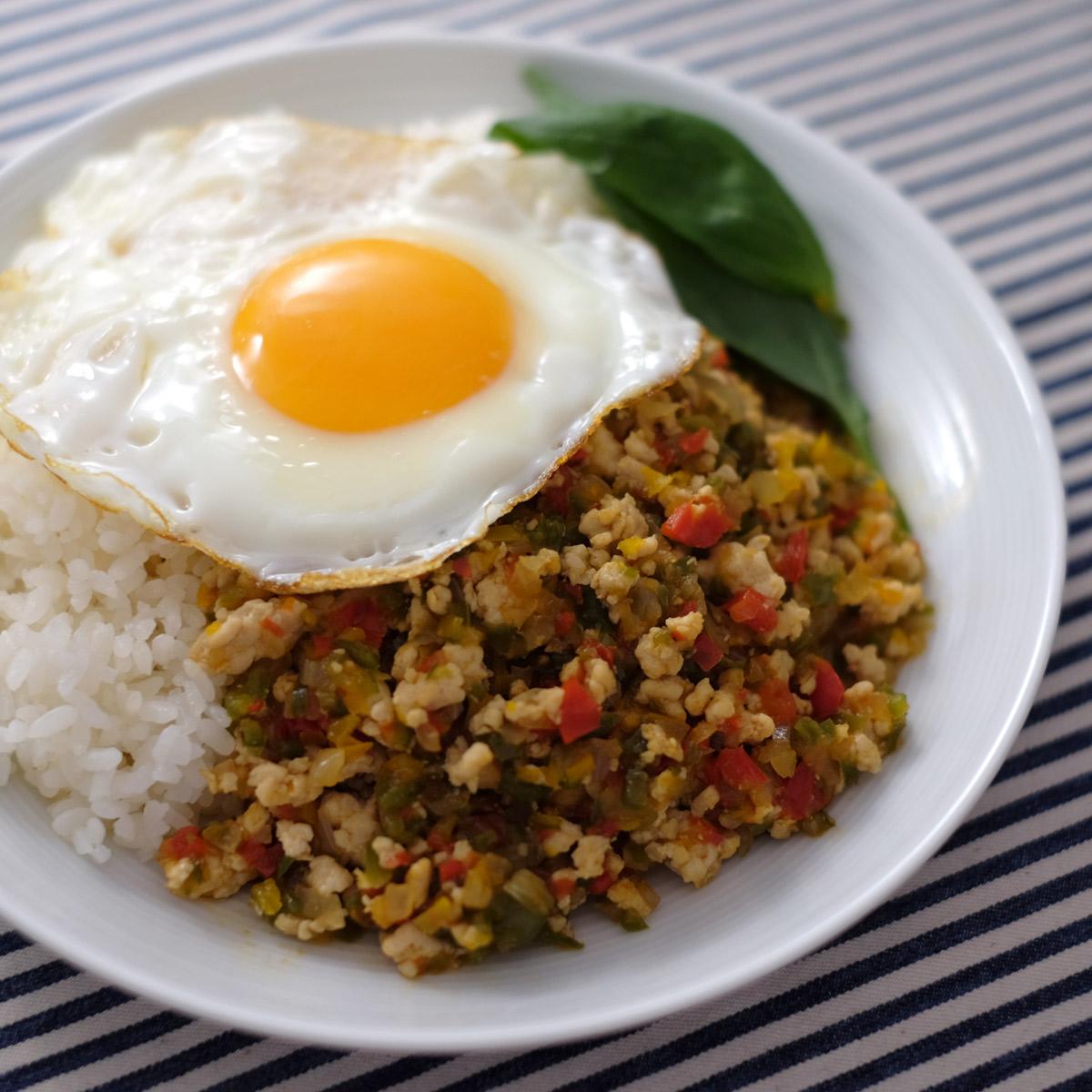 ナンプラー無し!簡単に作れるガパオライスは、作り置き・常備菜や一品弁当にも最適◎