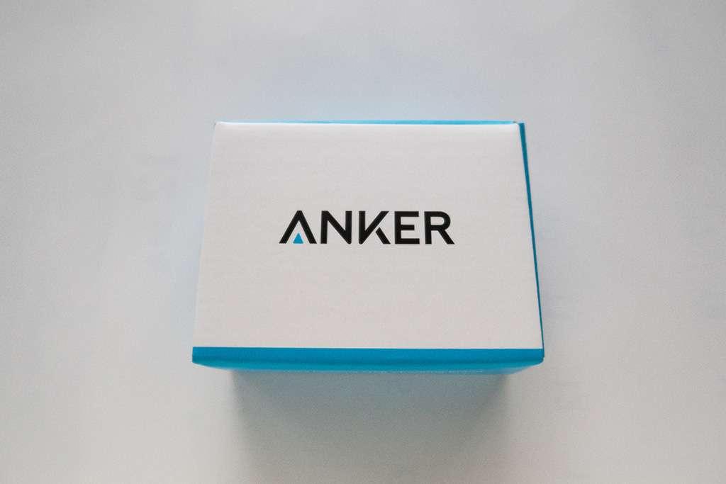【15インチも充電OK】Anker PowerPort Speed 1 PD30は、MacBook Pro 15インチ・13インチ両方とも、充電しながら使える電源アダプタ。