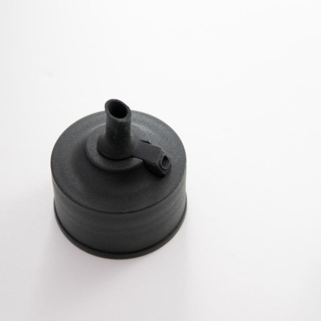 ミニマルで美しい。iwakiの『密閉醤油差し KS521-SVN』がコスパと機能性◎。