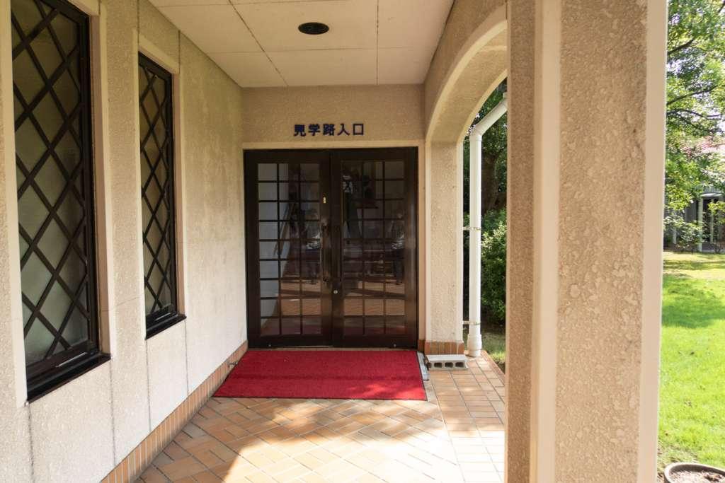 島根ワイナリー工場 見学路入口