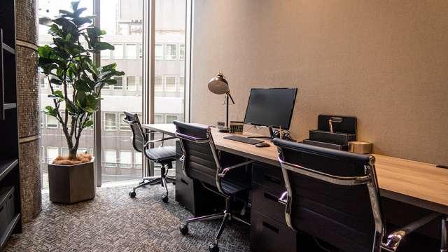 Reqree Dojima(リクリー堂島)プライベートオフィス 3名部屋
