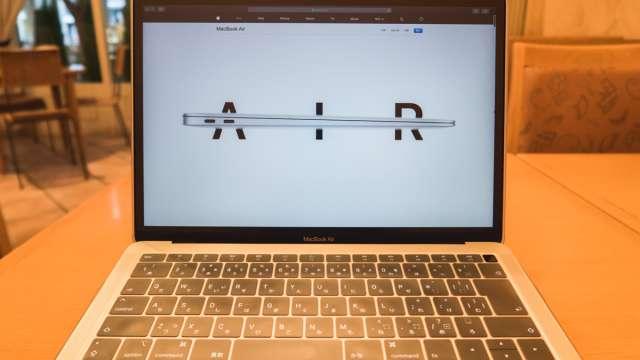 【ガチ検証】MacBook Air 2018はプロのデザイン・DTP用途に使えるの?