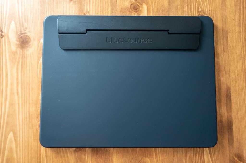 iPad Pro 12.9インチ(2018)にBluelounge Kickflipを装着してタイピングを快適に。